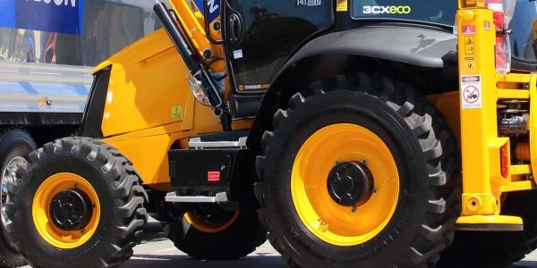 Dostępność opon do maszyn i pojazdów w ofercie sklepu Interhandler