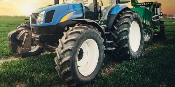 TOP 5 opon do ciągników rolniczych